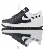 "Tênis Nike Air Force 1 '07""Black White"""